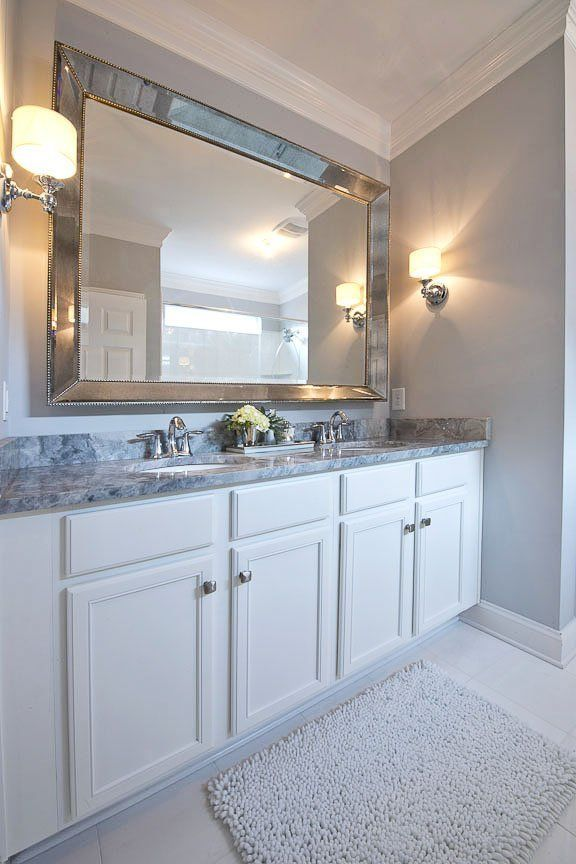 A Glamorous Traditional and Modern Mix House tours, Double sinks