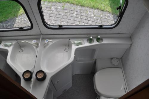 Wohnwagen Etagenbett Autark : Hymer eriba troll a ähnlich autark etagenbett in