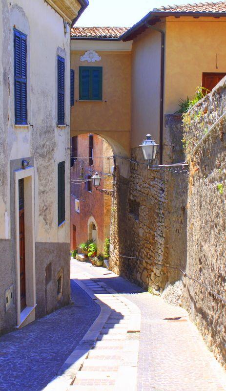 Cobbleston streets in Altari, Ciociaria, Italy