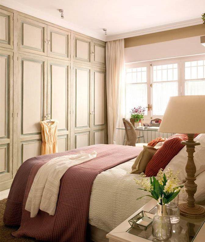 Dormitorios descanso y orden bien organizados ropa de - Armario ropa blanca ...