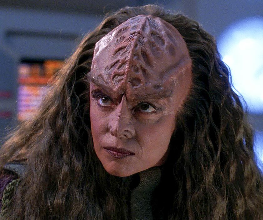 Tricia O Neil As Dr Kurak With Kirk In 2020 Star Trek Universe Star Trek Klingon Klingon