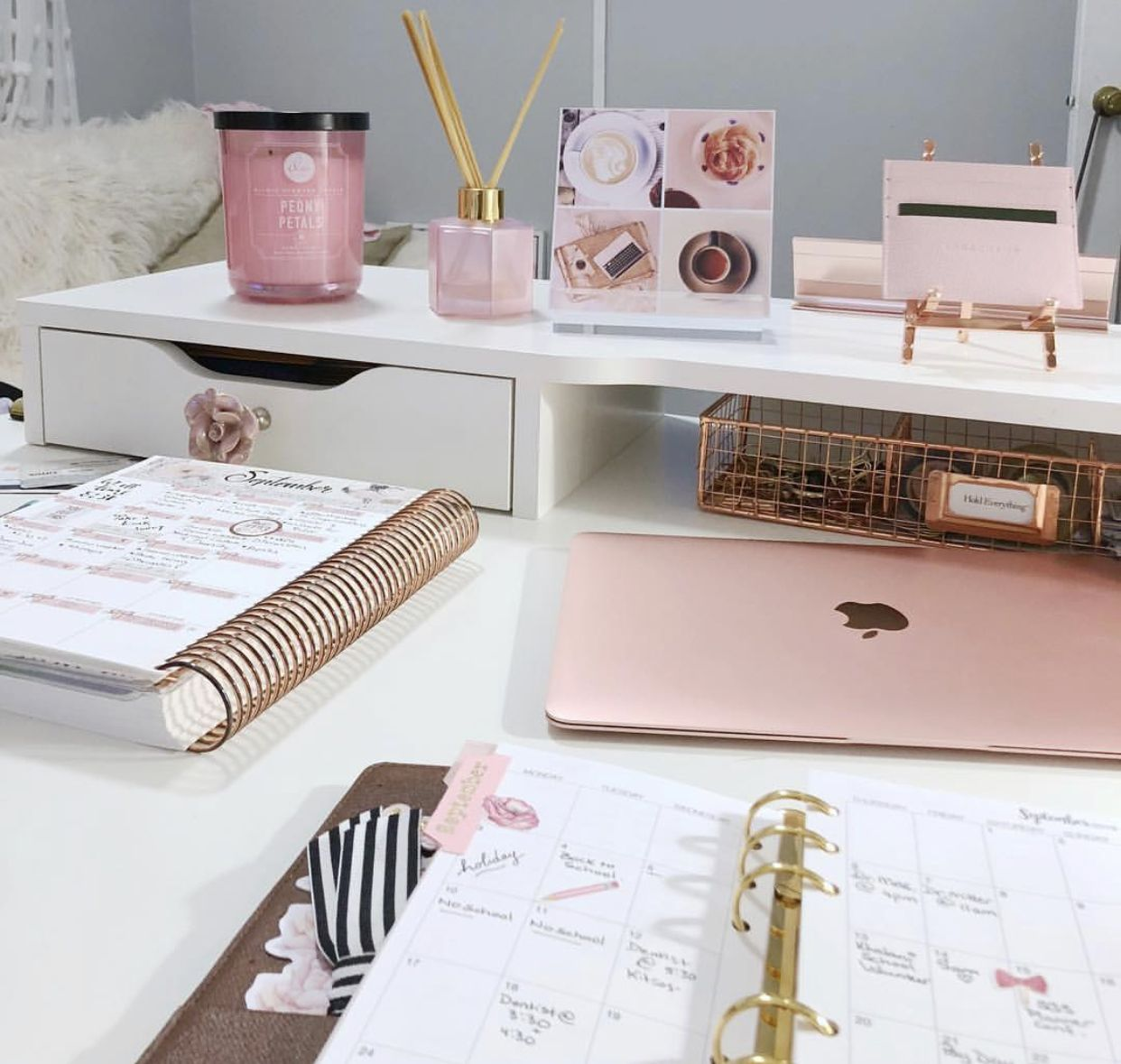 Cute Officedesk Ideas: Pin By Katrina Shawnette On For The Home
