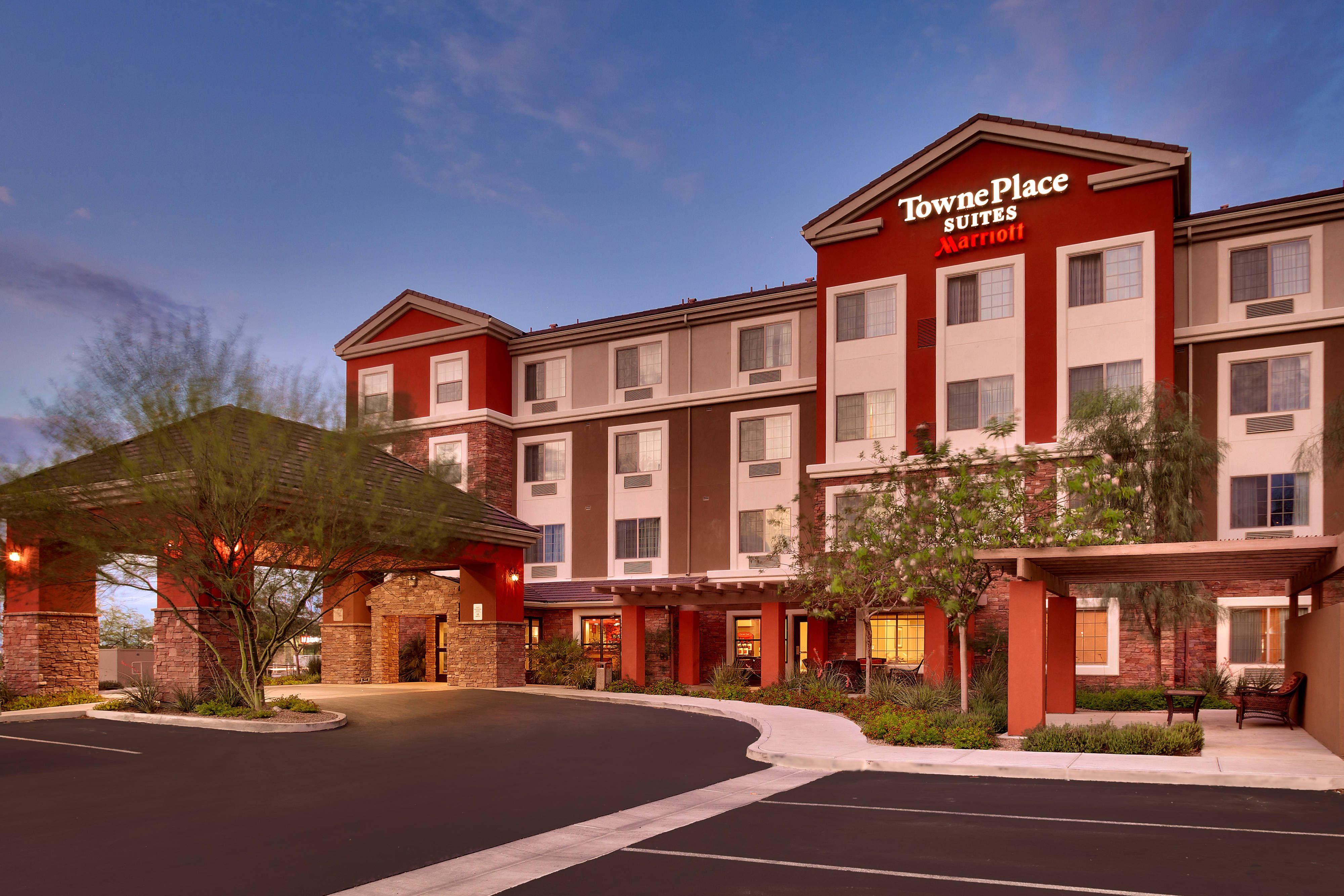 Holiday Inn Express Hotel & Suites Tempe Tempe (Arizona) Offering ...