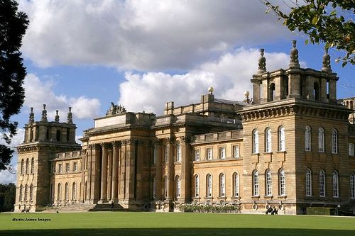 Blenheim palace oxfordshire england one of the largest for Blenheim builders