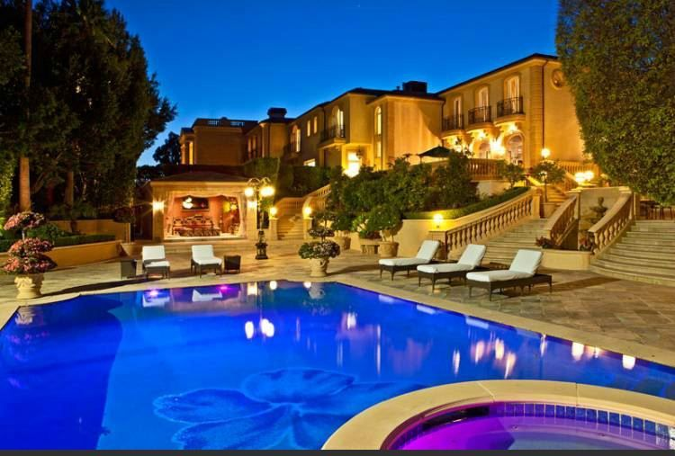 Big Mansions With Pools carproperty / big garage mansion for big wealth in beverly