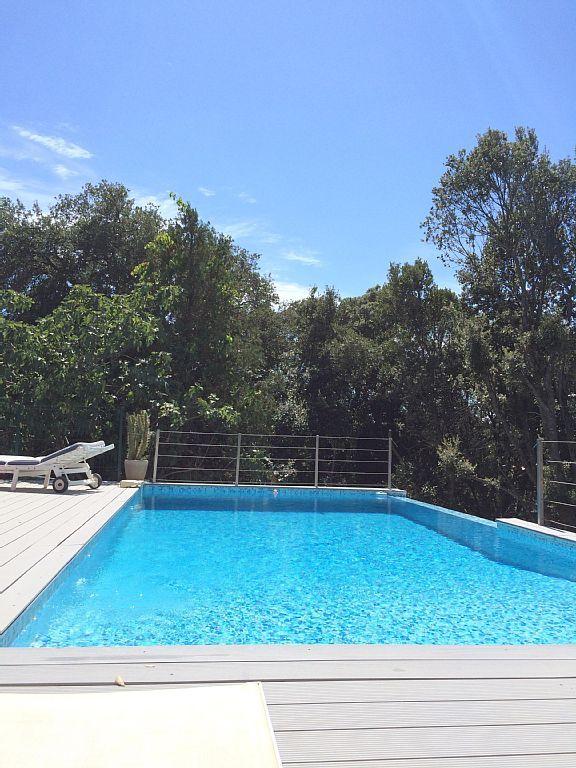 Porto Vecchio et environs, Appartement de vacances avec 2 chambres - location saisonniere avec piscine privee