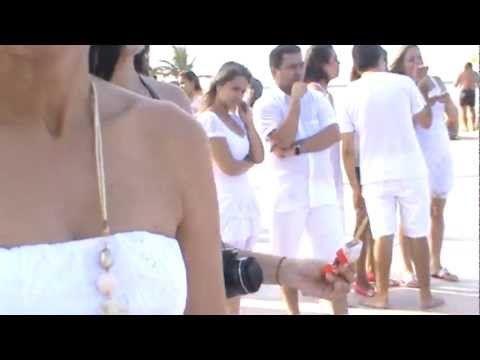 Assista esta dica sobre fotos praia formatura enfermagem fgf 2012.1 e muitas outras dicas de maquiagem no nosso vlog Dicas de Maquiagem.