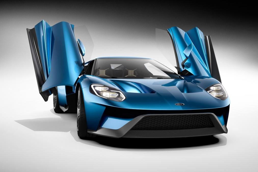 The Ford Motor Company Revealed Its New Ford Gt Supercar At  Detroit Auto Show