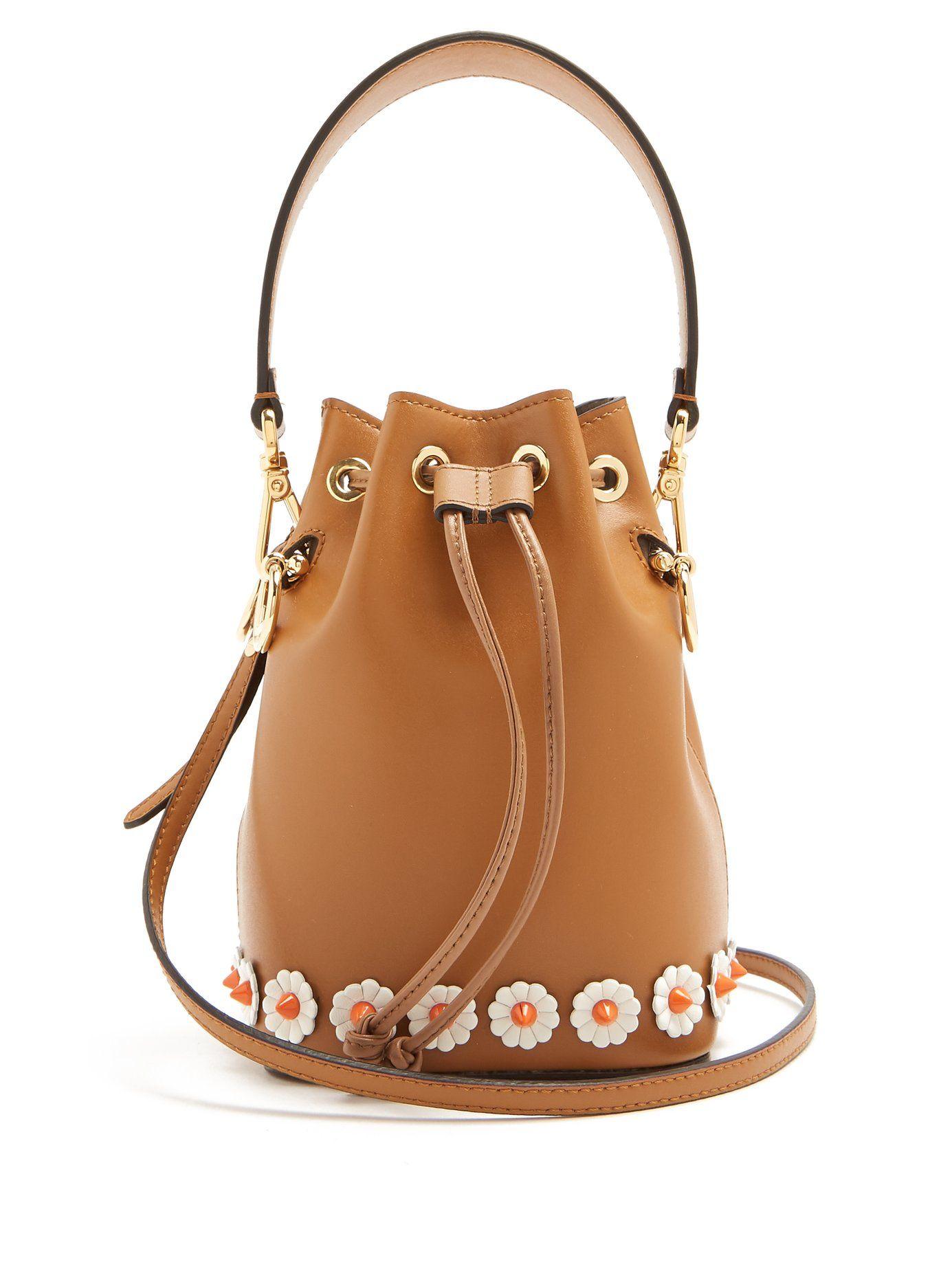 085889e7b292 My Treasure leather bucket bag