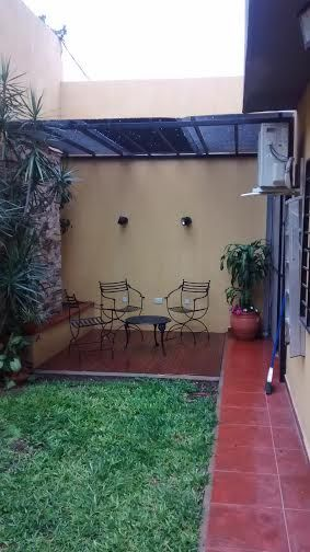 3 DORMITORIOS CON PISOS FLOTANTES, DOS BAÑOS ( UNOS SOCIAL) LIVING ...