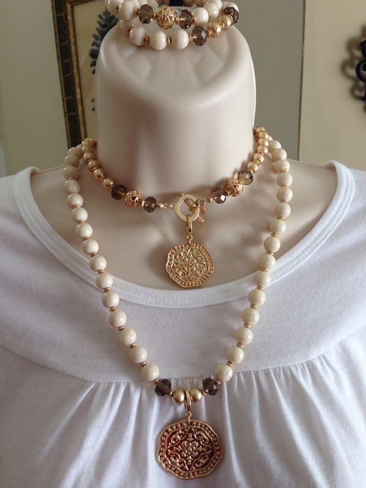 Beautiful beaded medallion necklace and bracelet!