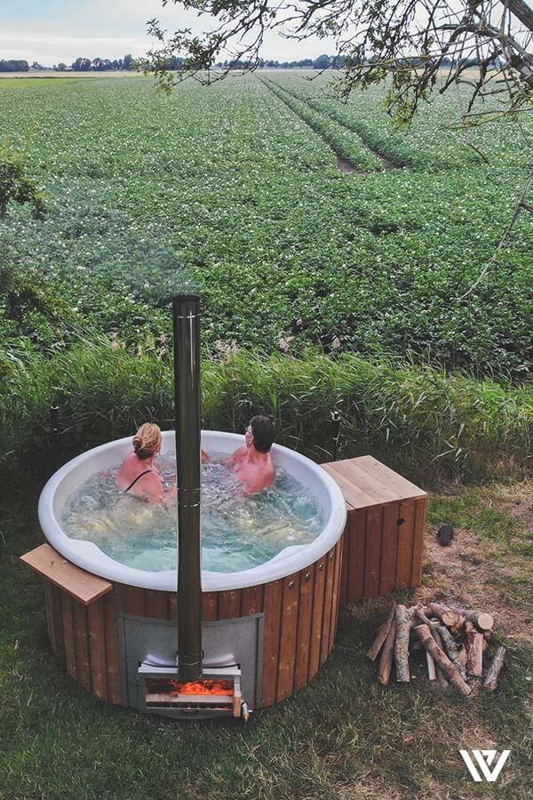 Tuininspiratie Van In 2020 Met Afbeeldingen Bubbelbad Sauna Wellness In 2020 Hot Tub Garden Hot Tub Pool Hot Tub