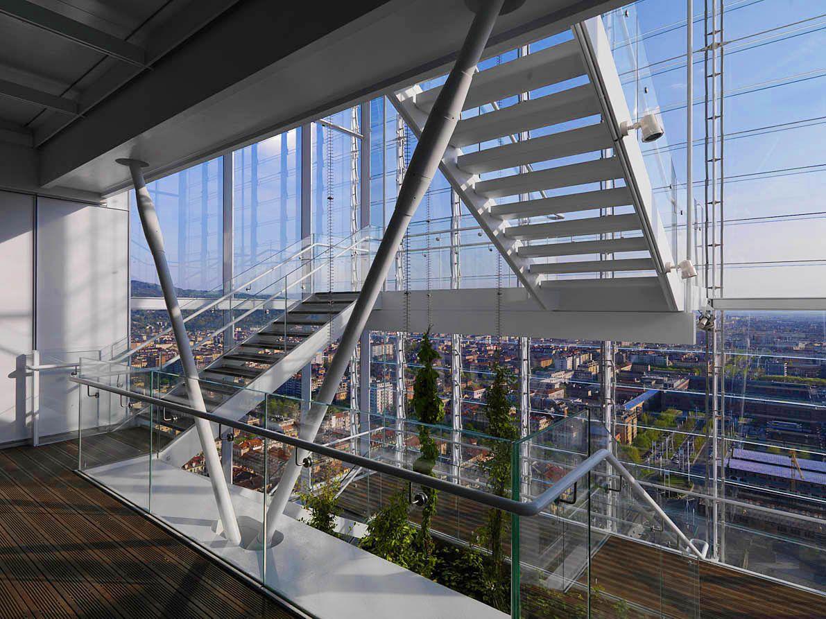 """#Archistar: #RenzoPiano e il grattacielo """"#ipersostenibile"""" dal #tettoverde.  Uno degli argomenti che tratteremo a #camBIOvita, durante i workshop e i convegni previsti, sarà l'architettura bio ed ecosostenibile. L'esempio per eccellenza in Italia è il #grattacielo di #Torino progettato da Renzo Piano.   www.cambiovitaexpo.com/2016/03/08/archistar-renzo-piano-grattacielo-iper-sostenibile-dal-tetto-verde/"""