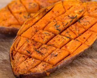 Patate douce légère grillée aux épices -