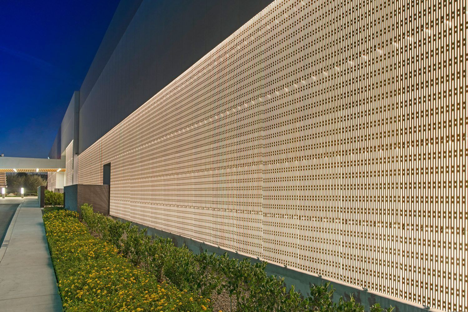 ECOSPEC LINEAR HP EXT WALL WASH OUTDOOR