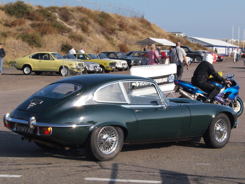 jaguar E=Type Vector silhouette - Google zoeken | Jaguar | Pinterest ...