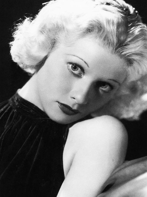 Lucille Ball, 1935. (When she was blonde!)