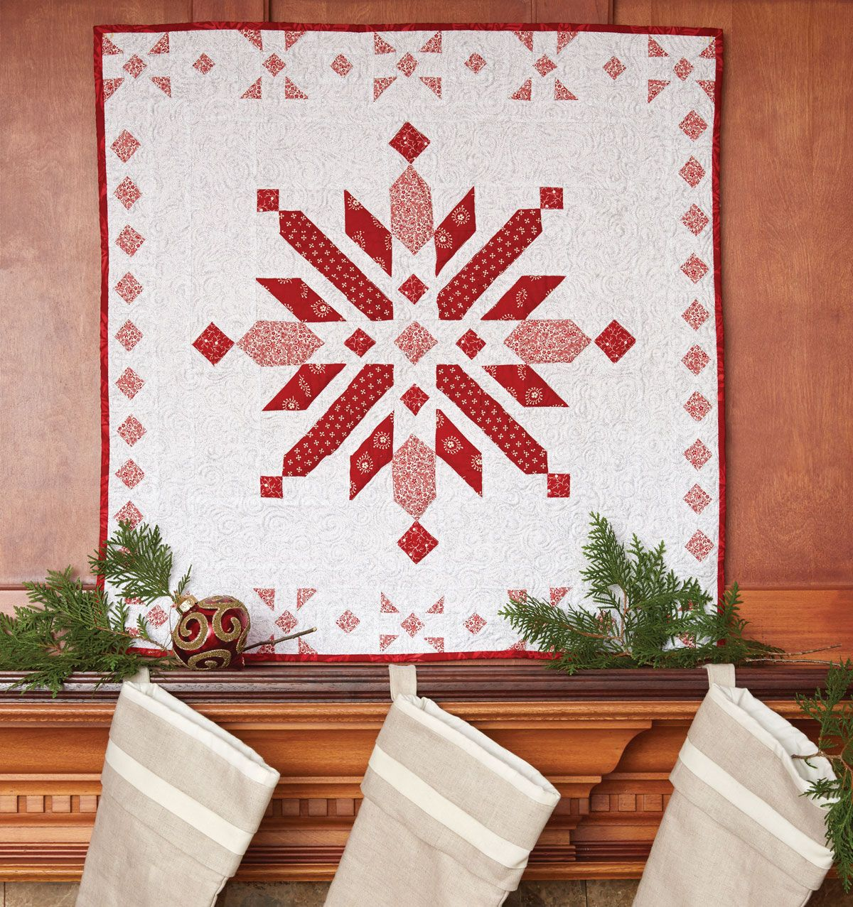 Northern Christmas Quilt | Snowflakes, Doors and Classic