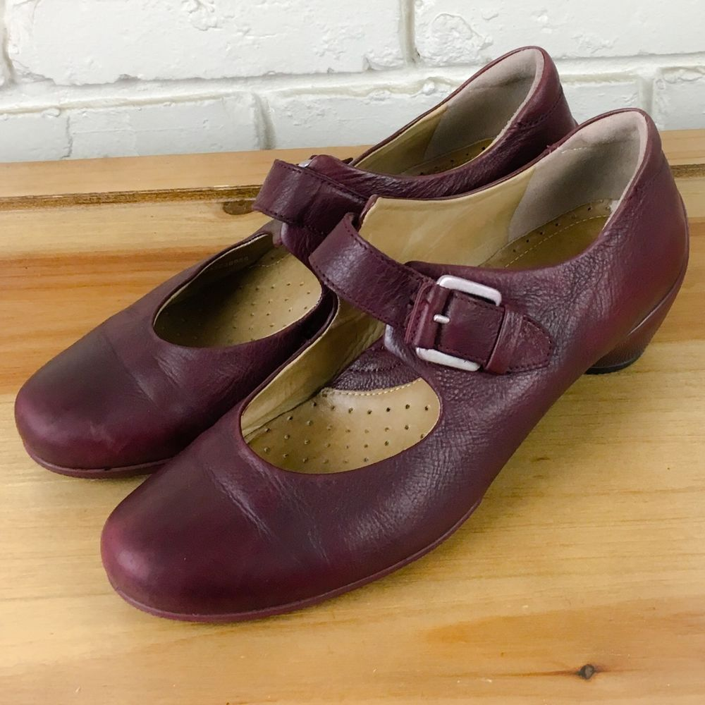 ECCO Women's Shoes ~ Burgandy Red Leather Low Heel Mary Janes ~ Euro 39 US  8.5 M