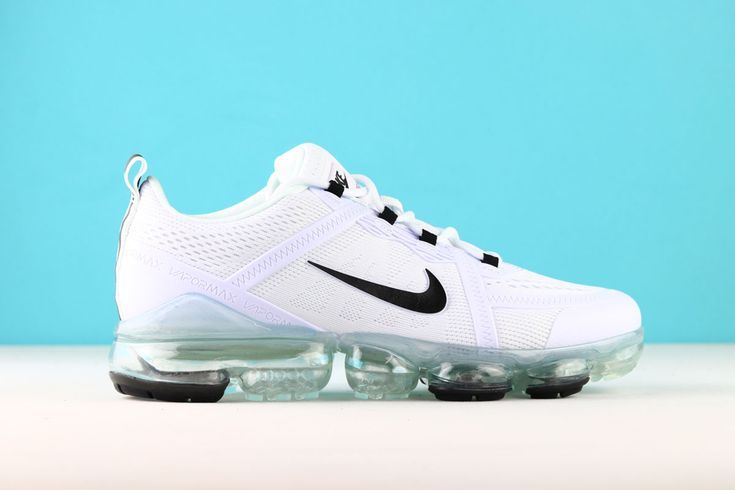 Nike Air Vapormax 2019 Run Utility White 2019 Air Nike Run Utility Vapormax White Mens Nike Shoes Nike Air Nike Air Vapormax