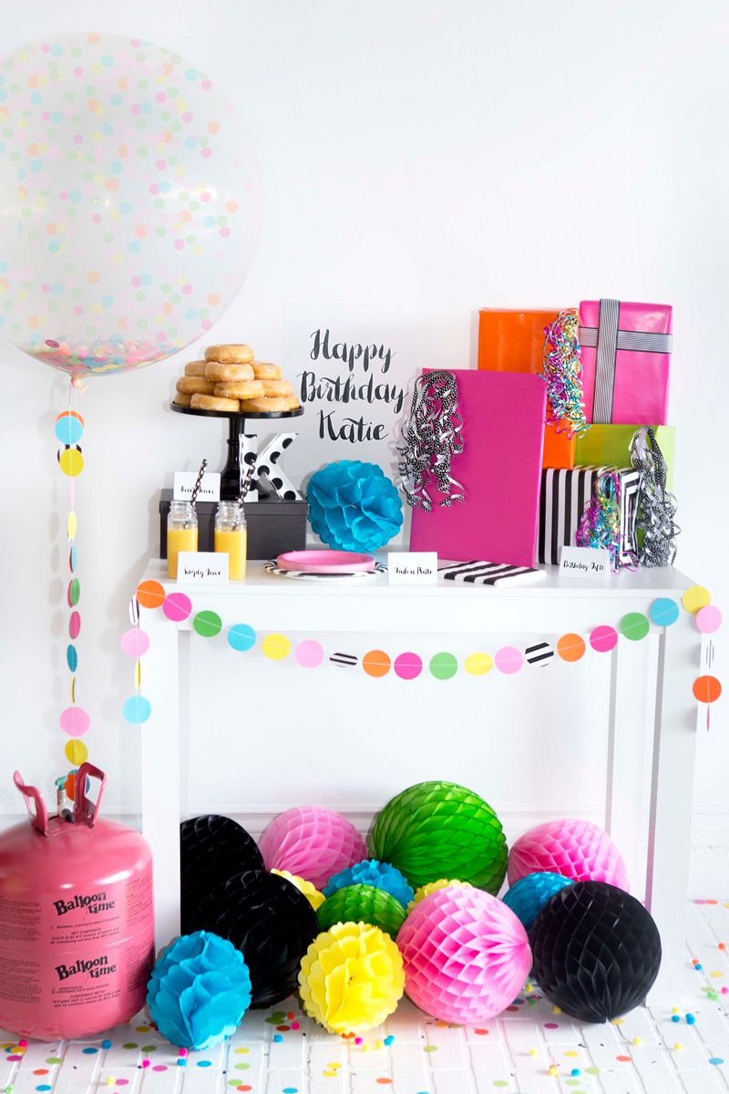 DIY Surprise Birthday Party - With Surprise Filled Confetti Balloon - Colorful confetti party