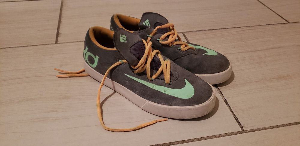48311d1e1b9 Kids KD Shoes Size 6 Great Condition  fashion  clothing  shoes  accessories   kidsclothingshoesaccs  boysshoes (ebay link)