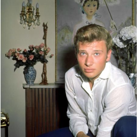photo in dite johnny hallyday au service militaire bing. Black Bedroom Furniture Sets. Home Design Ideas
