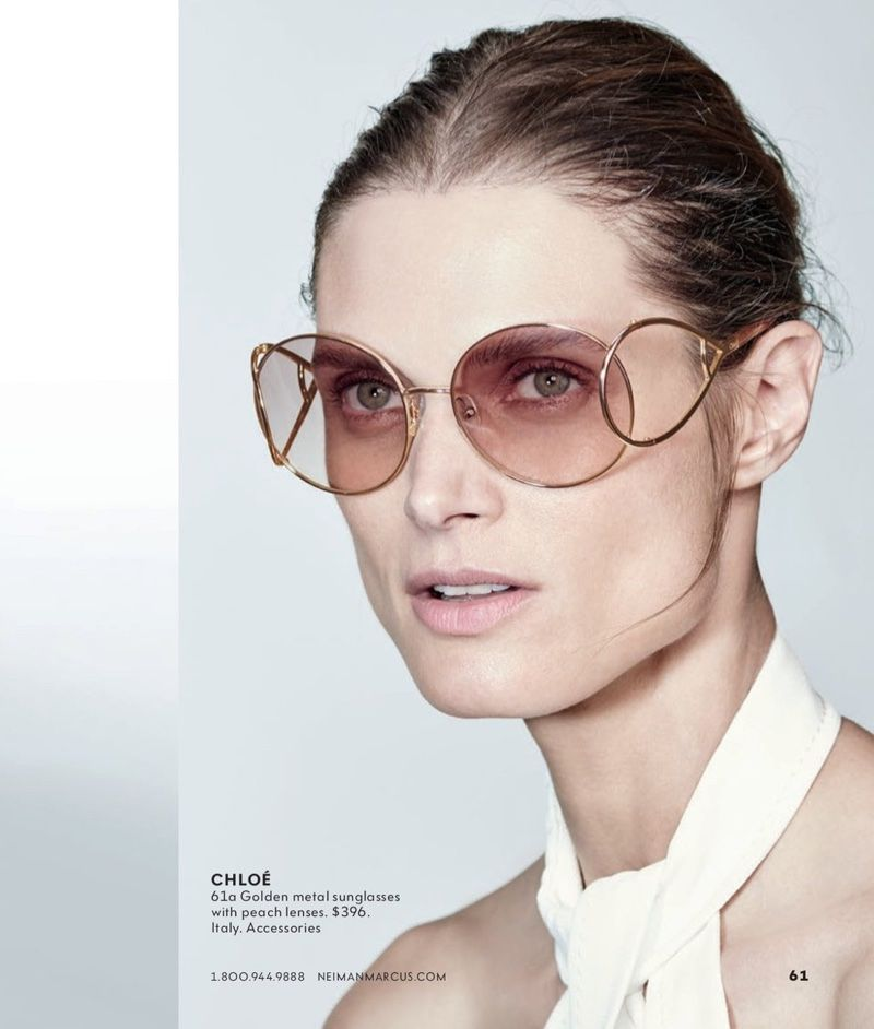 6589239d171 Malgosia Bela Tries on the Hottest Designer Shades
