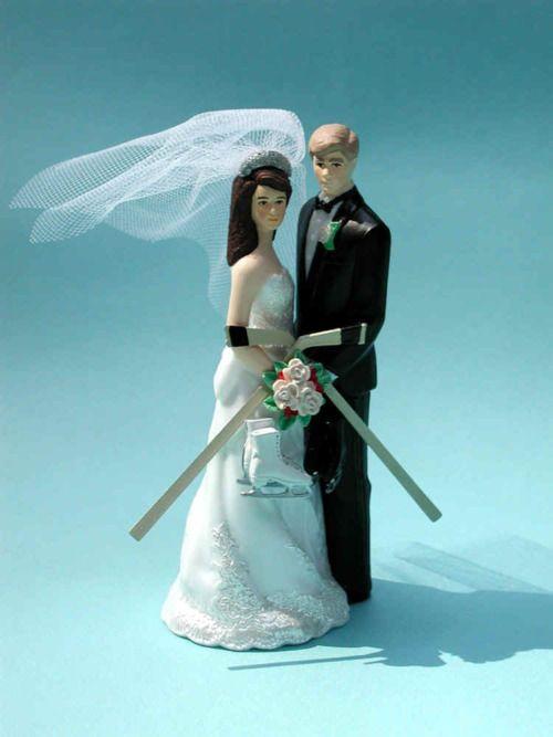 Pin By Bleedin Blue St Louis Blues On Hockey Themed Wedding Ideas Hockey Wedding Cake Hockey Wedding Hockey Wedding Cake Toppers