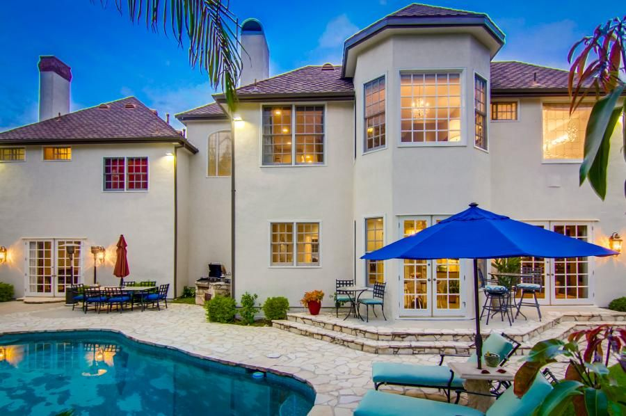 Comedian Mike Epps 3 5m Home In Encino Finds A Buyer American Luxury Encino Real Estate Home