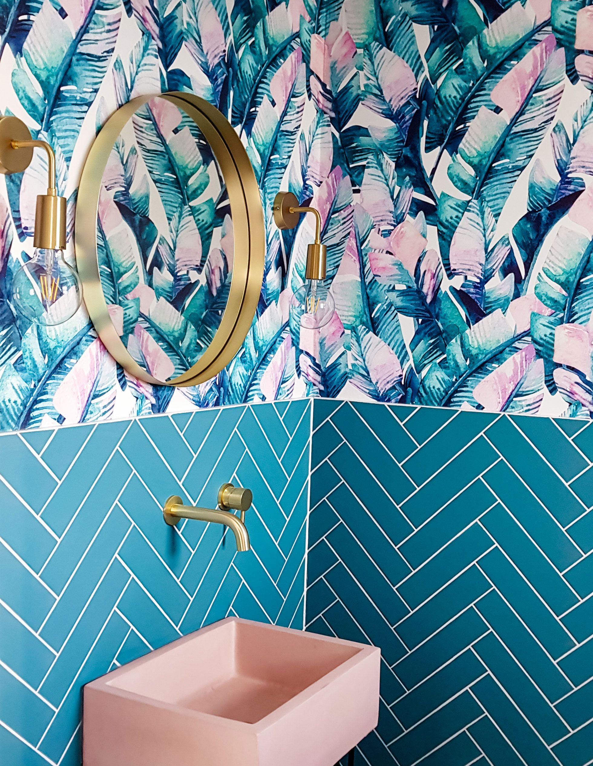 Banana Leaf in 2020 Tropical wallpaper, Tropical