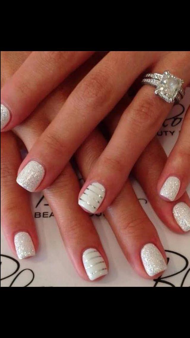 White/silver nails