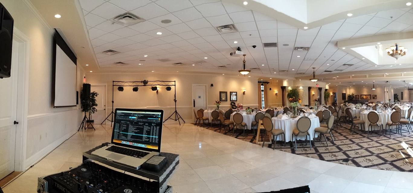 KY Sounds Setup And Ready To Go DJ A Reception At The Signature Club Located