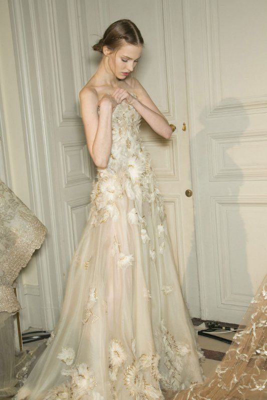 Valentino Bridal Couture Eluxe Magazine Valentino Bridal Valentino Wedding Dress Haute Couture Wedding Dress