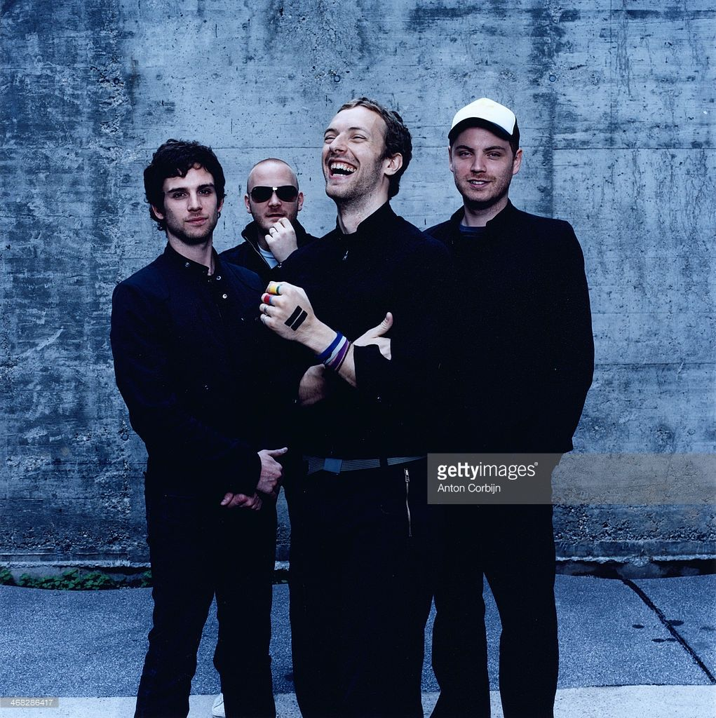 members-of-british-rock-band-coldplay-are-photographed-for-rolling-picture-id468286417 (1021×1024)