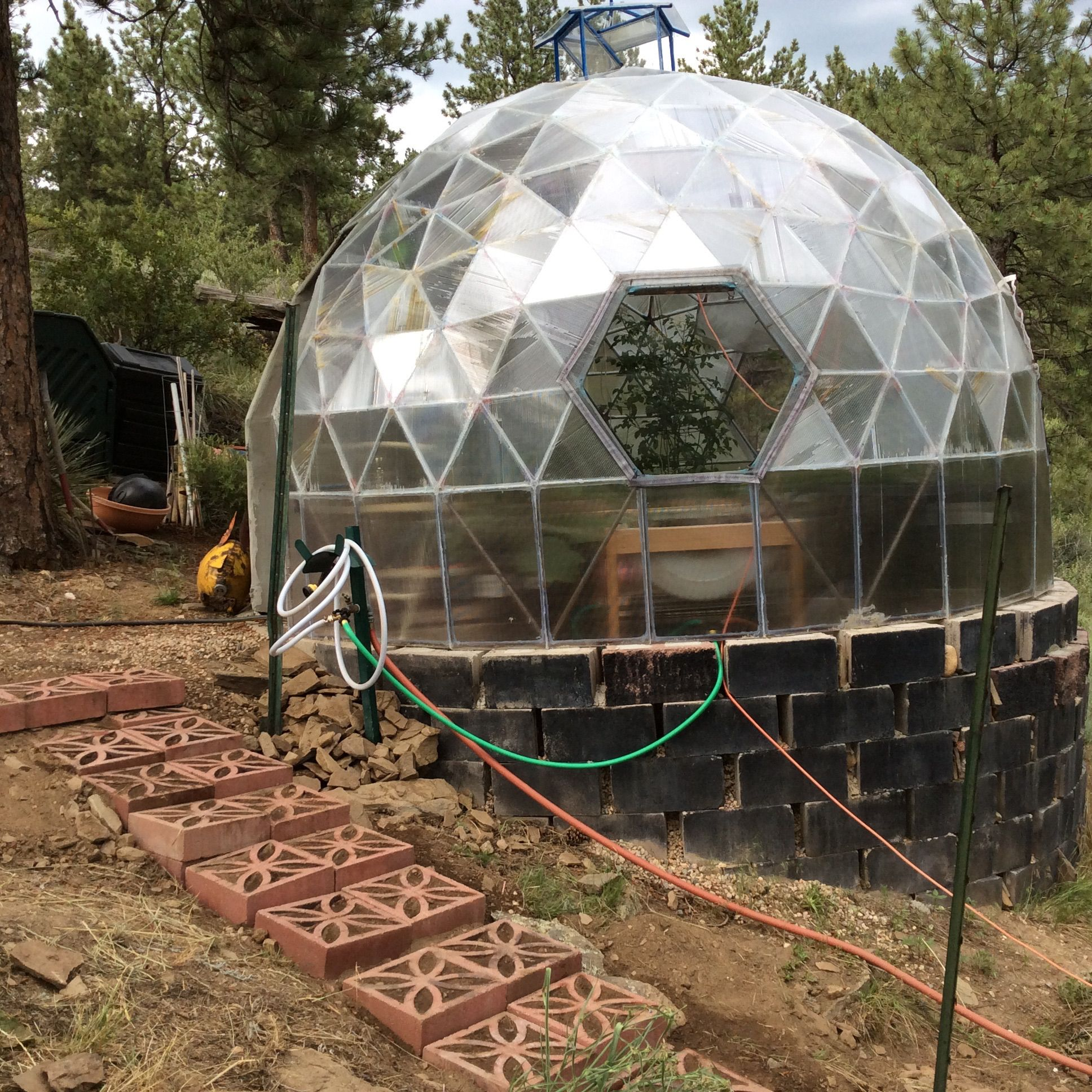 Dome House Futuristic: Geodesic Dome - Awning Cover.