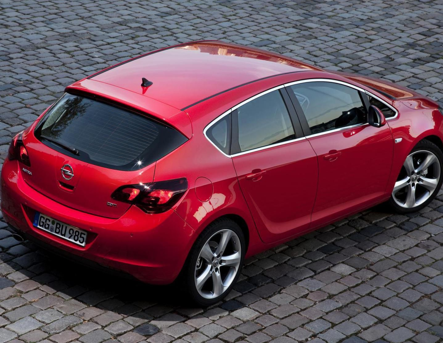 Opel Astra J Hatchback Photos And Specs Photo Opel Astra J Hatchback Reviews And 22 Perfect Photos Of Opel Astra J Hatchback Hatchback Opel Car Model