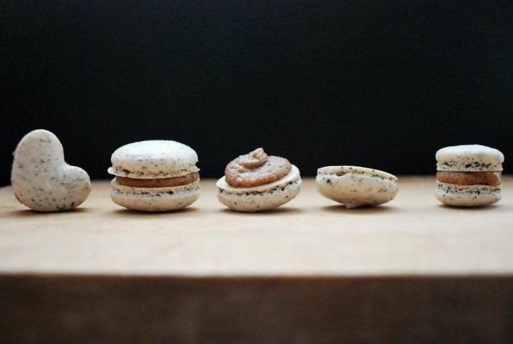 black sesame macarons w azuki bean paste filling with