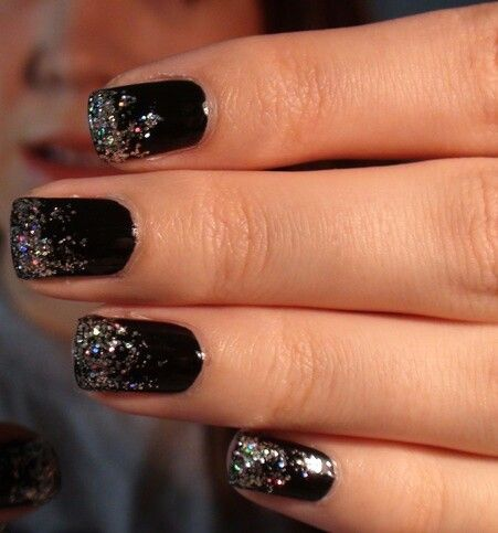Black Nails With Silver Glitter Black Gel Nails Black Nails With Glitter Black Silver Nails