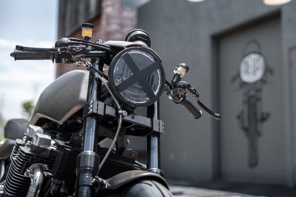 Deus Yamaha XJR1300