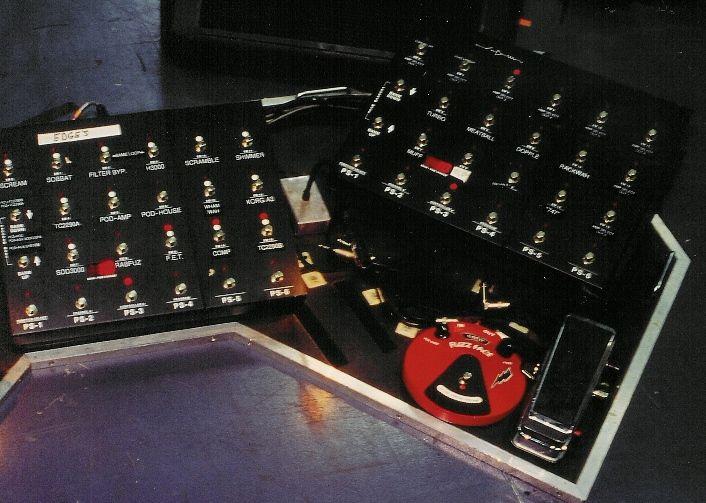 edge u2 gear equipment, edge u2 tube screamer, korg sdd-3000