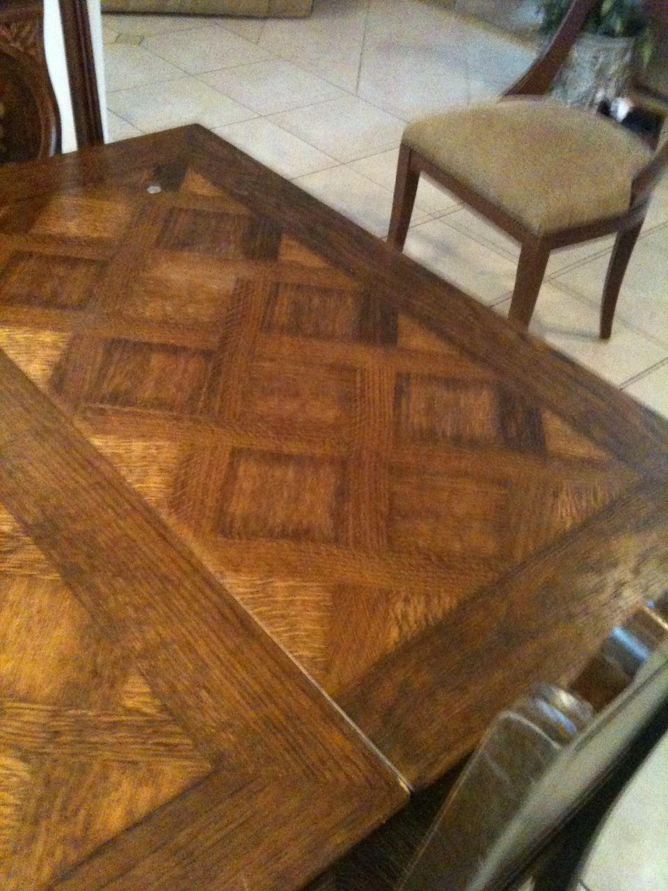 Antique Dining Room Table With Pull Out Leaves In 2020 Antique Dining Room Table Antique Dining Rooms Oak Dining Room Set