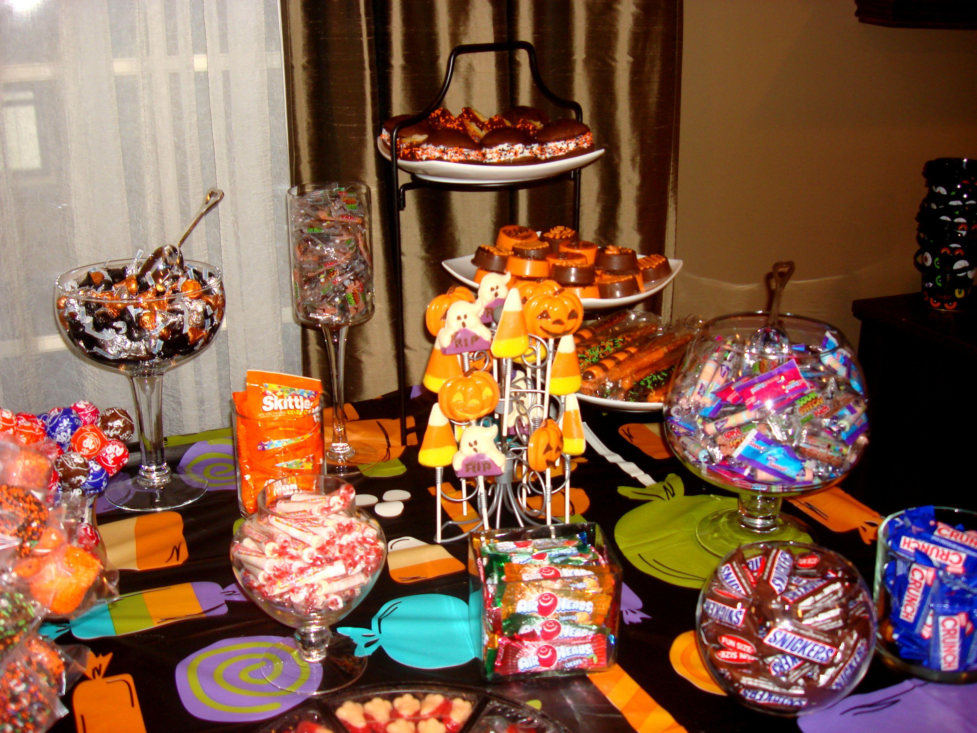 Halloween Candy Table Ideas.Halloween Candy Table Halloween Candy Table Halloween Candy Candy Table