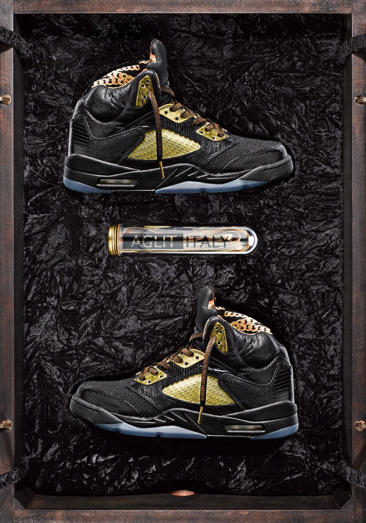 "9f720428309 Air Jordan 5 ""Versace"" Custom"