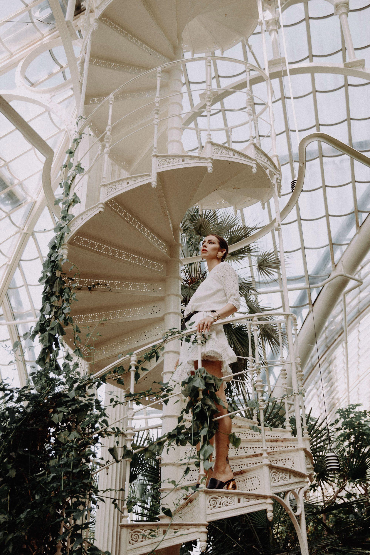 Fashion ID | Wien | Botanischer Garten | Palmenhaus | Österreich | Frühling | Outfit | Mode | Modebloggerin | Masha Sedgwick | Blumen | Style | Gedicht | Frühlingsgedicht | Sommer | Kleid #botanicgarden