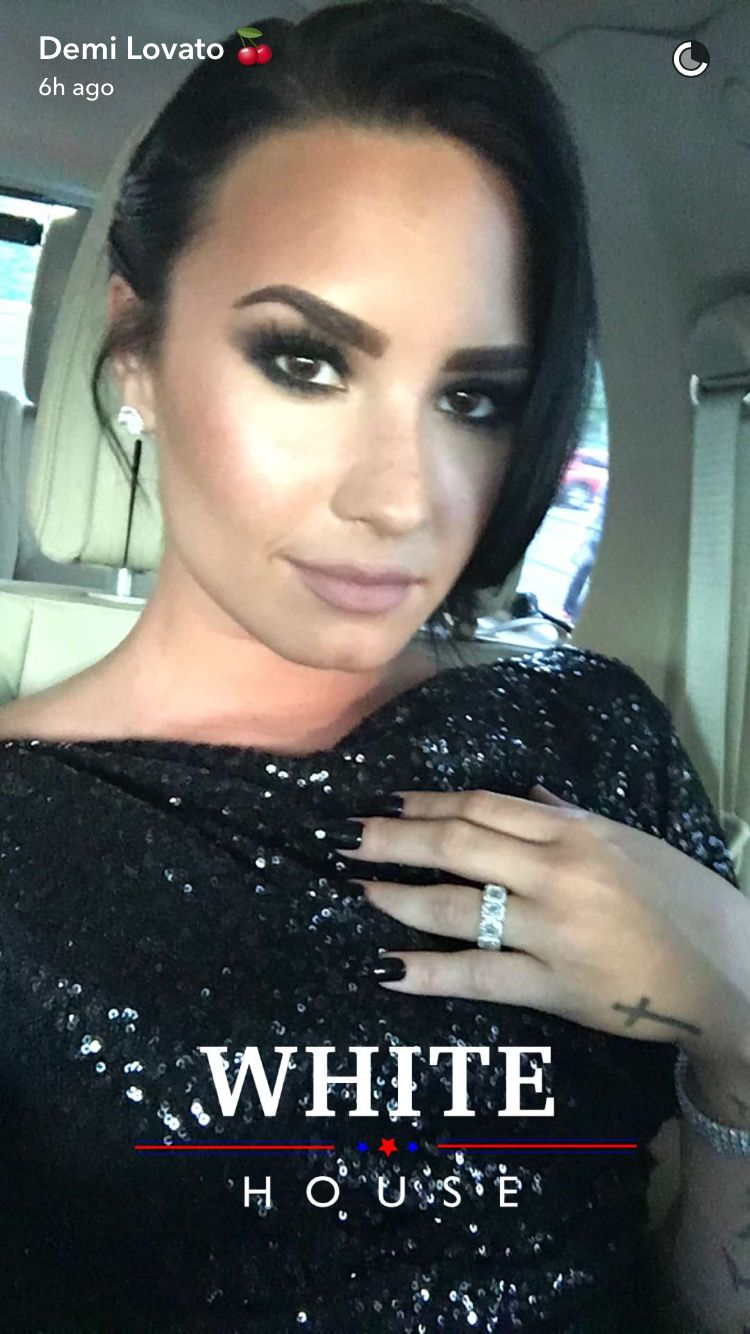 Demi lovato on snapchat at the white house february 24th demi lovato on snapchat at the white house february 24th demis snap chat pinterest snapchat hexwebz Gallery
