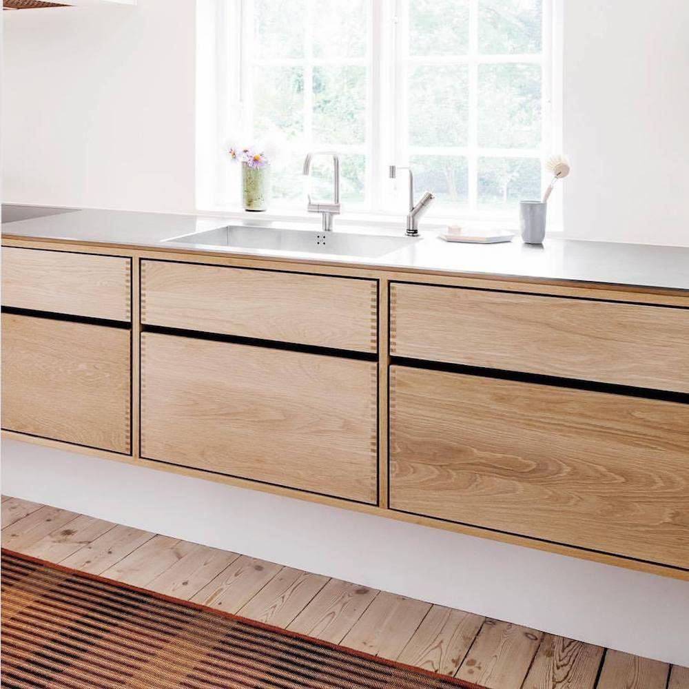 Trendspotting Unpainted Kitchen Cabinets Kokkendesign