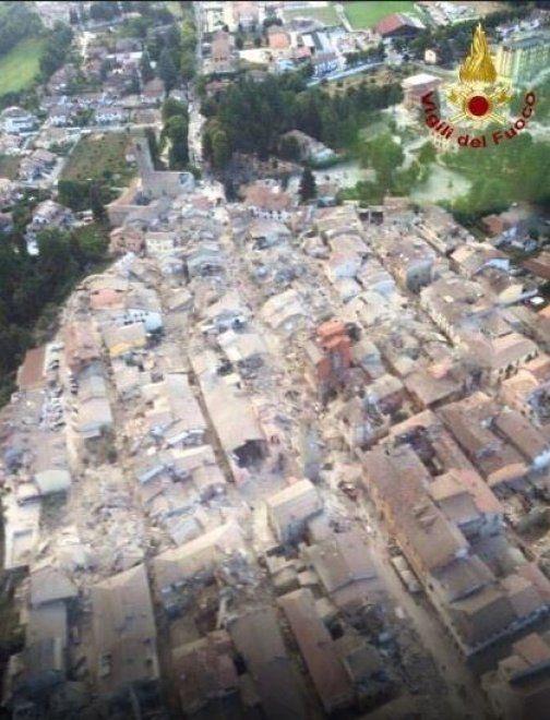 Terremoto Amatrice Prima E Dopo Il Sisma Il Fotoconfronto Foto
