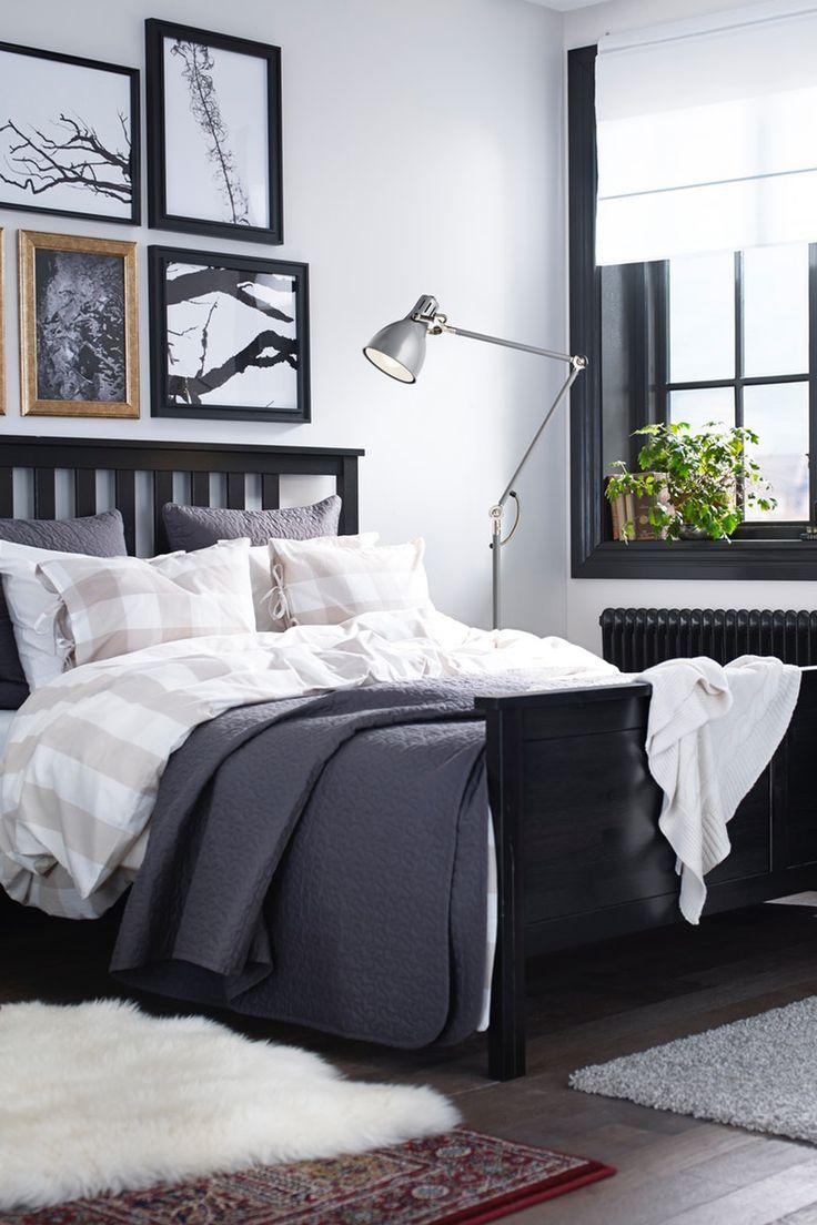 Rustikales Schlafzimmer in dunklen Tönen Schlafzimmer