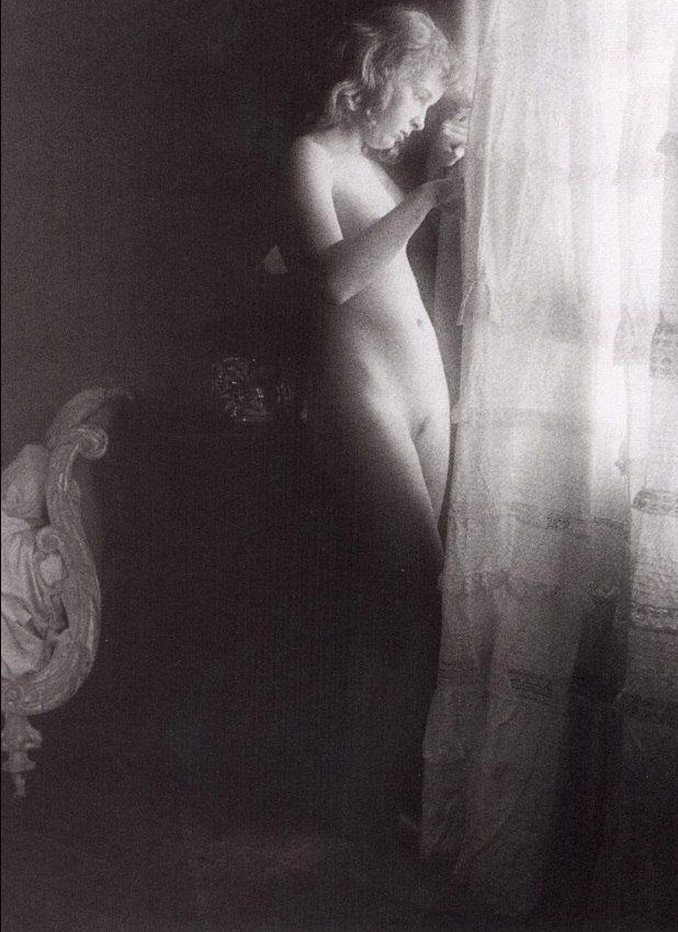 Wanna futanari David hamilton nudist art loads